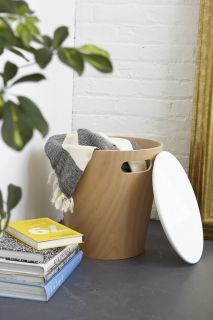 UMBRA WOODROW STORAGE STOOL Табуретка с ракла, бял
