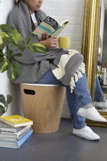 UMBRA WOODROW STORAGE STOOL WHT/NAT